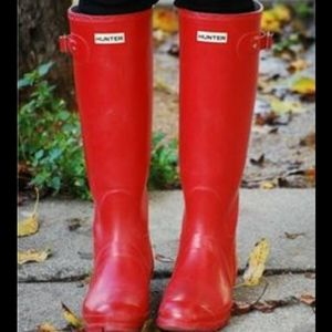 Hunter Tall Red Rainboots